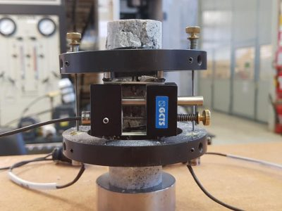 آزمایشگاه مکانیک سنگ
